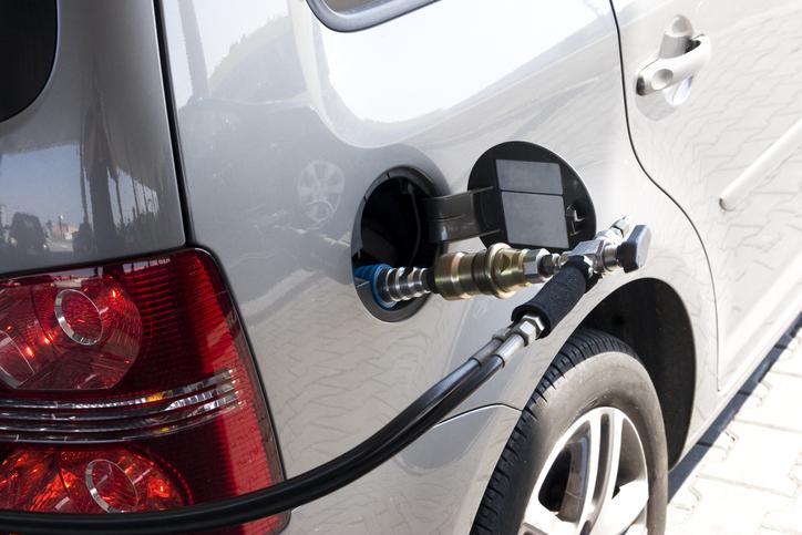 CNG(天然ガス自動車)